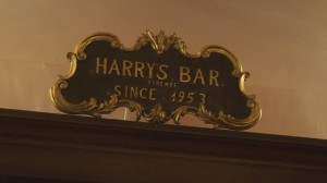 Aperitivo all'Harry's Bar Firenze