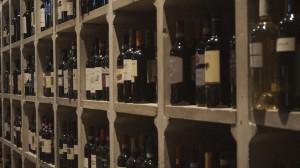 Piazza del Vino a Firenze con 20000 bottiglie esposte nella sale principale