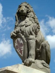 5315254-simbolo-di-firenze-scultura-di-donatello-chiamato-marzocco