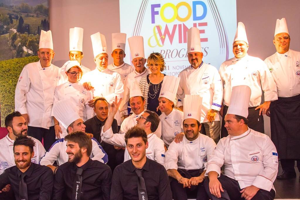 Food-and-Wine-in-progress-gruppo-partecipanti-foto-Nicola-Impallomeni